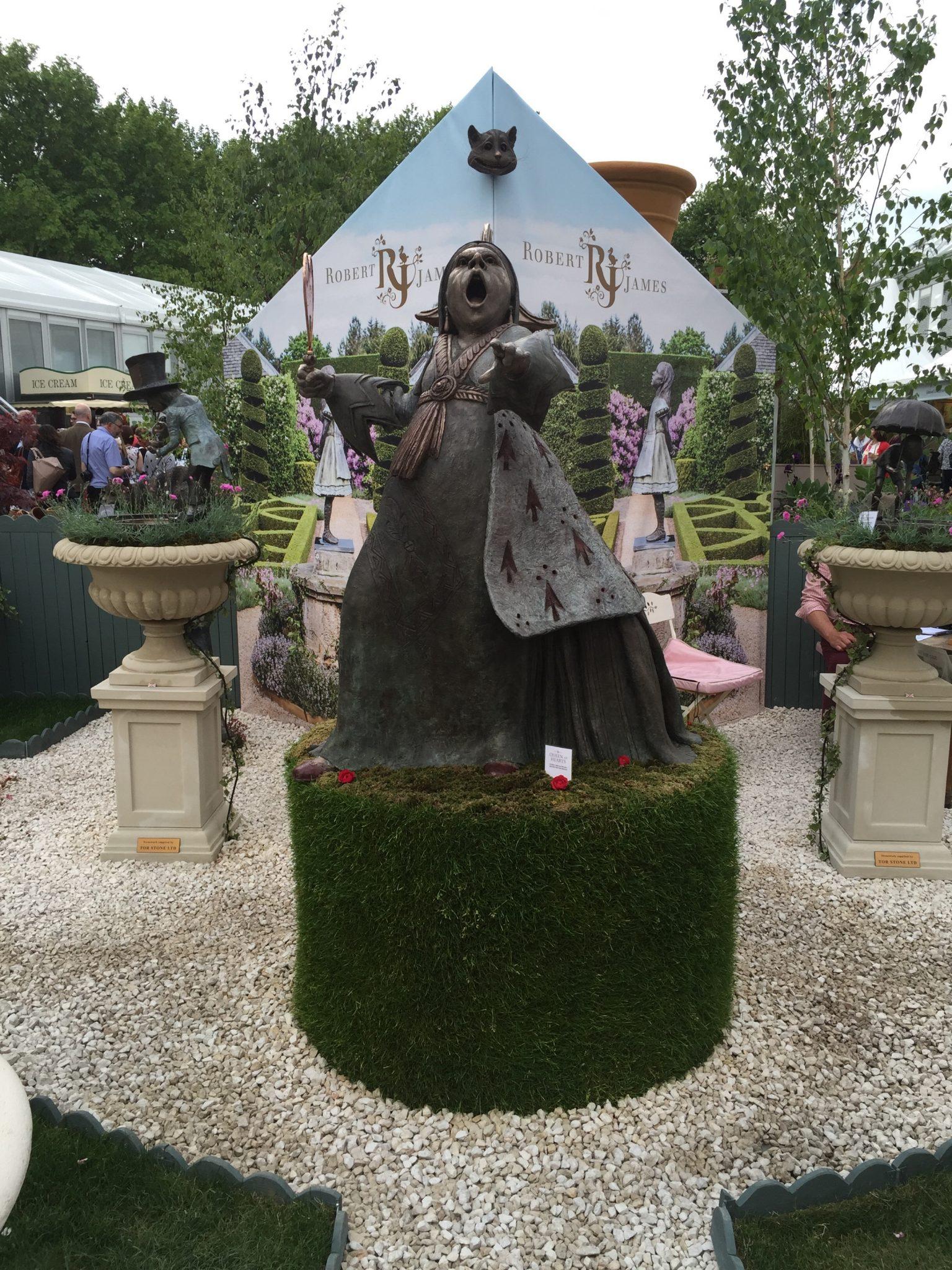 Queen of Hearts sculpture Chelsea Flower show