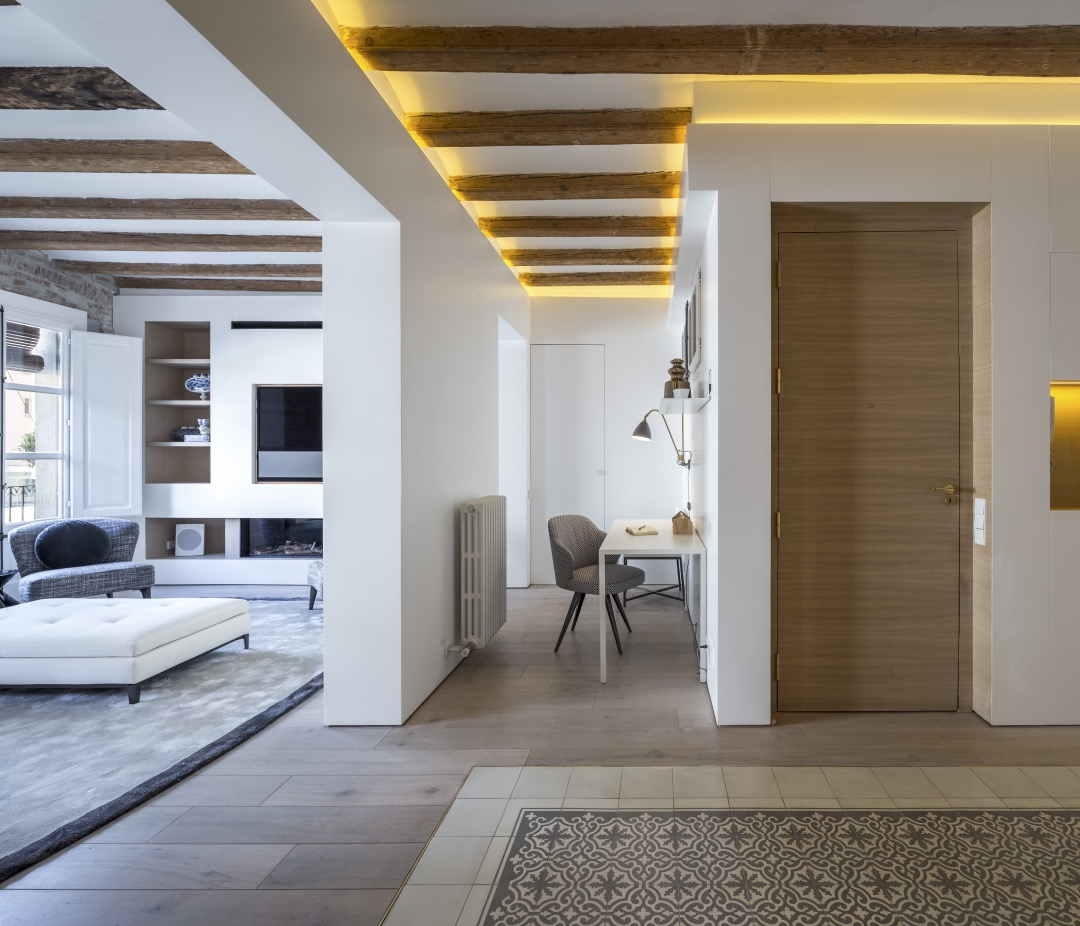 Barcelona Apartment designed by Anke Summerhill, Creative Director of Minotti London