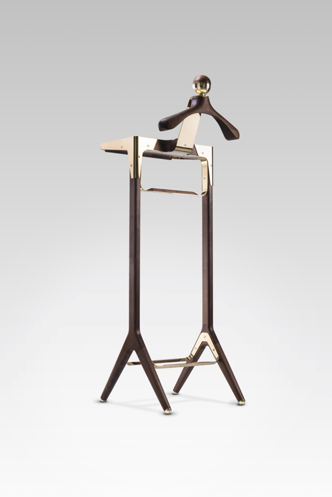 honorific_london_gentlemans valet_stand